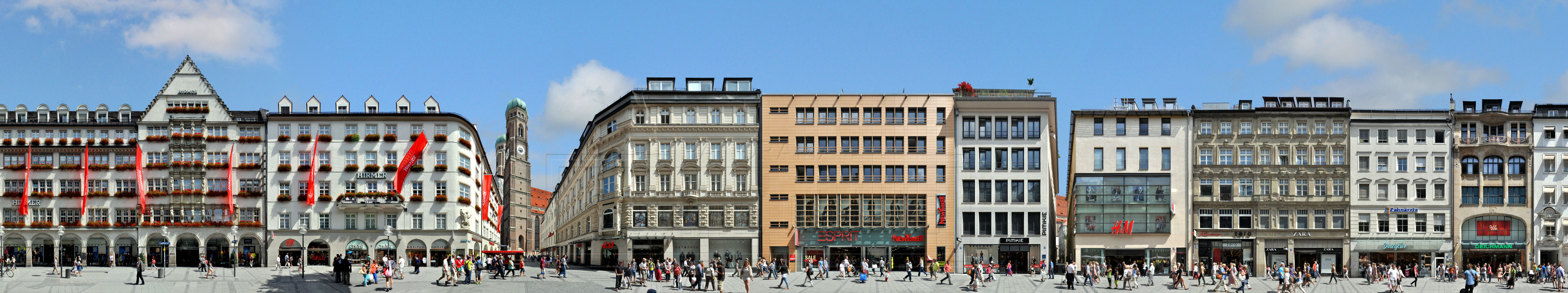 München Fassaden Panorama Zentrum Frauenkirche