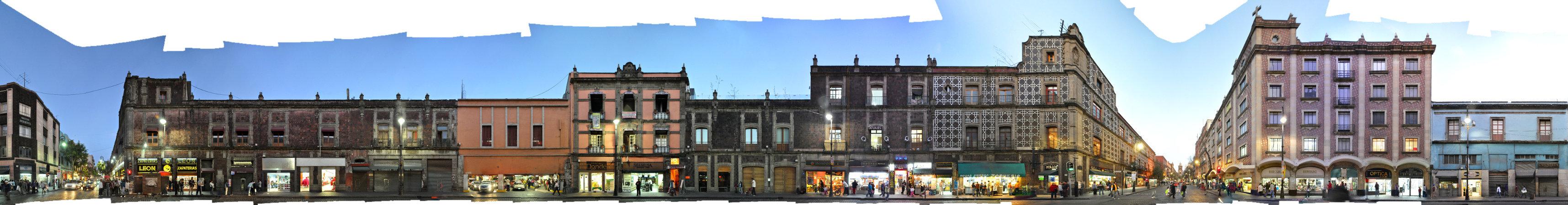 Centro Histórico / Avenida Isabel La Católica