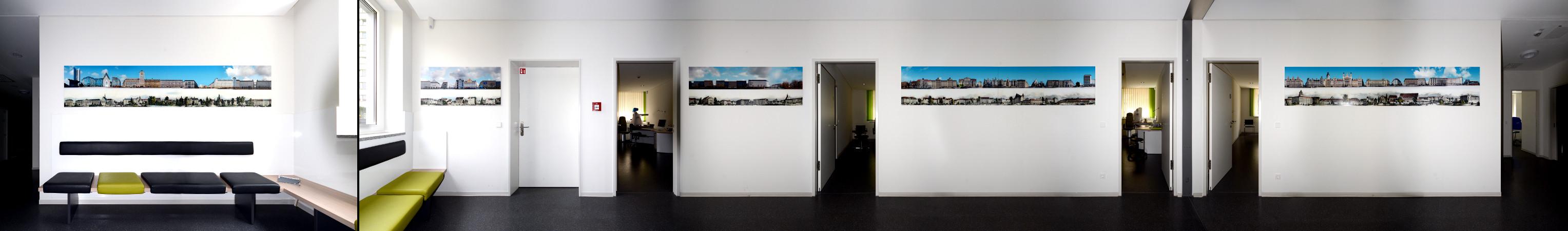 Fine Art Print Büro Praxis an langer Wand