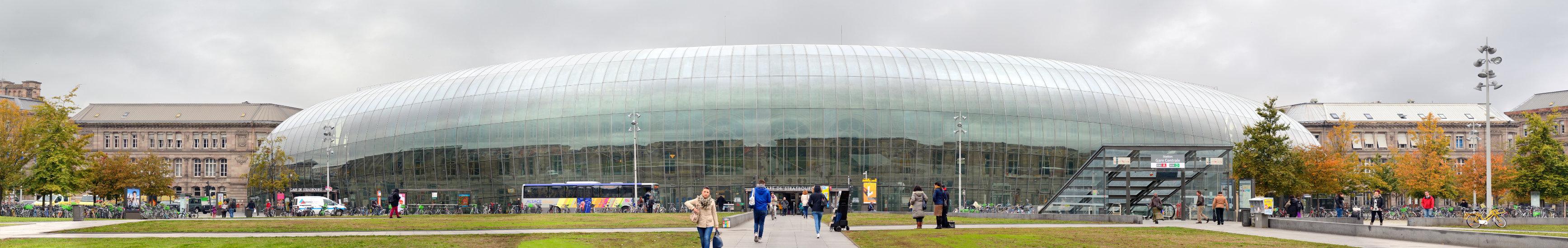 Straßburg Hauptbahnhof | Glasfassade