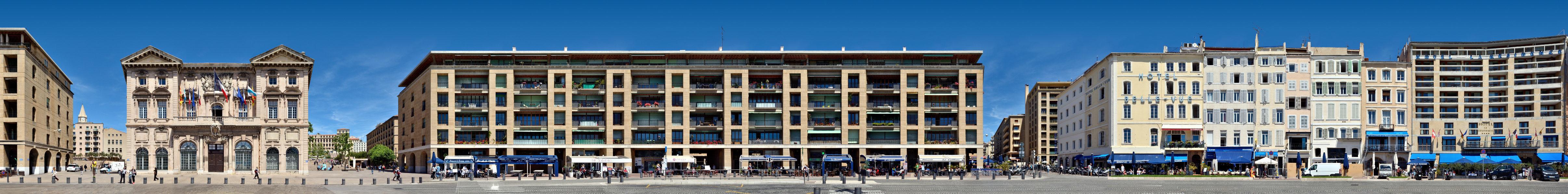 Hotel de Ville | Quai du Port