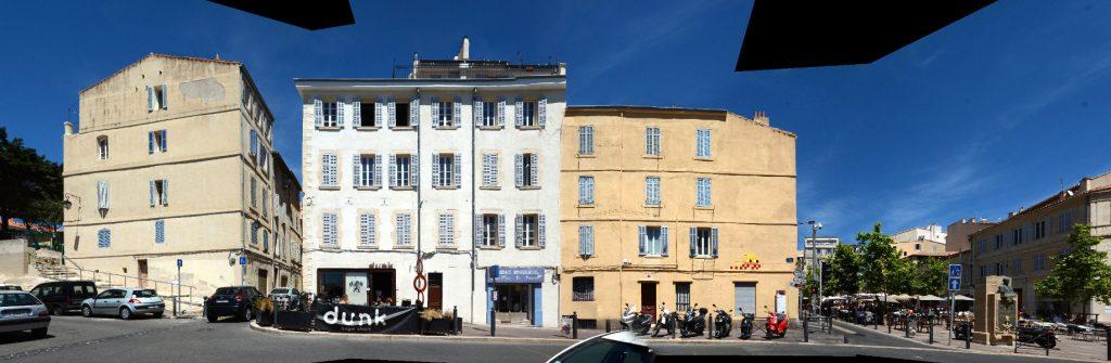 Marseille Rue Saint-Thome pixel street art