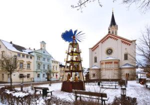 Saxony Ore Mountains Eibenstock Snow Christmas with pyramid