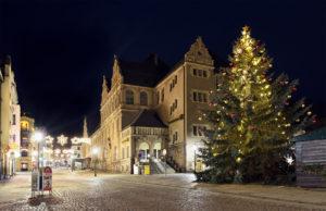 Postplatz Reichenbach Vogtland, Weihnachten Weihnachtsbaum Beleuchtung
